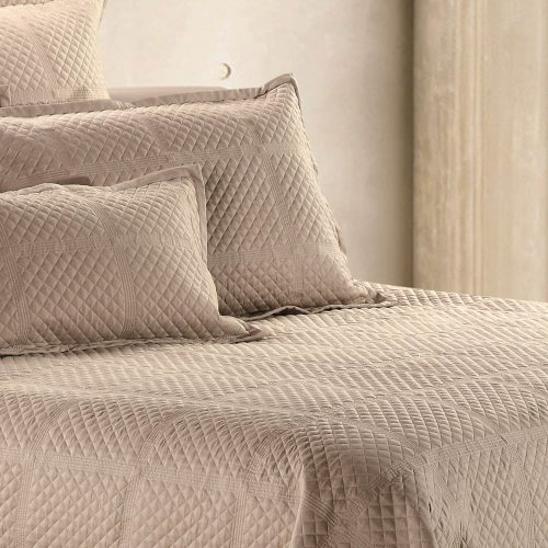 Crista Coverlet Taupe